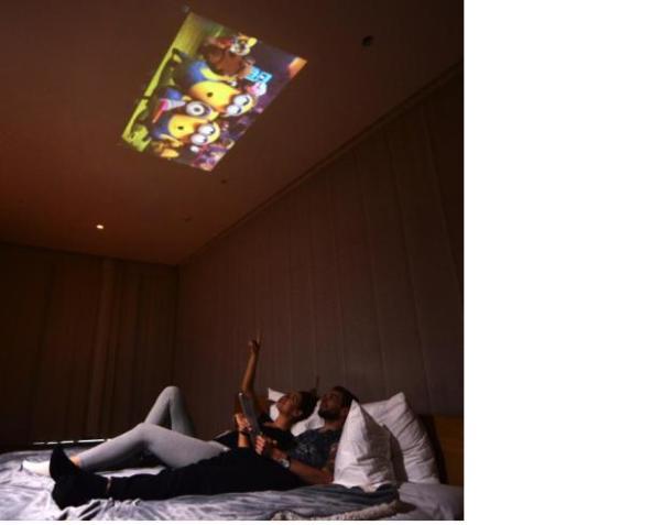 Lenovo Yoga 2 Pro tablet Projector