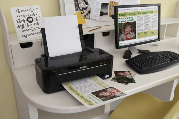 inkjet-printer-at-the-workplace